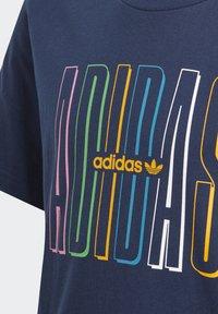 adidas Originals - ADICOLOR CLASSICS 3-STRIPES LONG SLEEVE TEE - T-shirts print - collegiate navy - 2