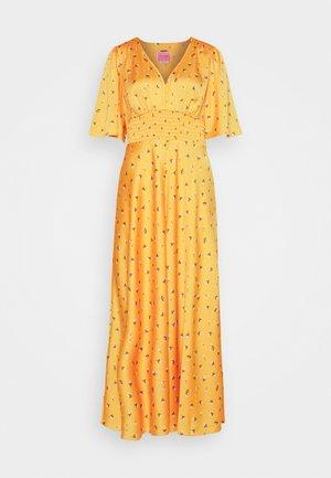 GARDEN DITSY DRESS - Maxi šaty - marigold