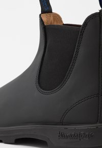 Blundstone - 1477 THERMAL SERIES - Classic ankle boots - black - 5