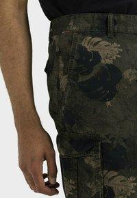 camel active - Shorts - leaf green - 3