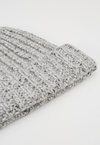 Johnstons of Elgin - DONEGAL CASHMERE BEANIE - Czapka - light grey mix - 5
