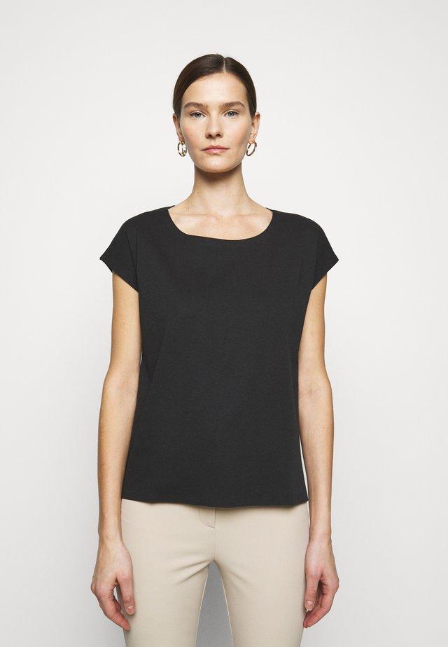 MALDIVE - Jednoduché triko - black
