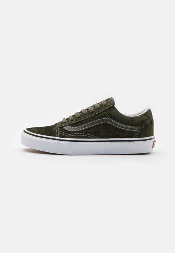 OLD SKOOL UNISEX - Sneakers basse - olive/true white