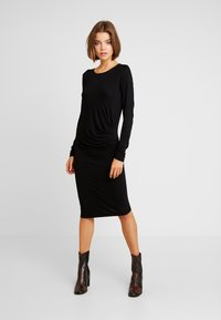 Vila - Day dress - black - 0