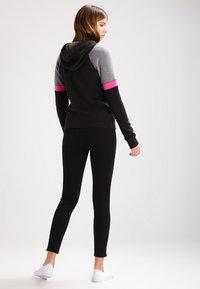 Hollister Co. - CORE - Zip-up hoodie - black - 2