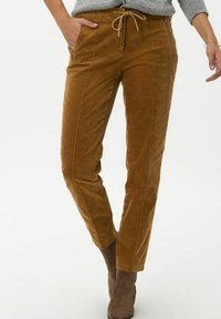 BRAX - STYLE MAREEN - Trousers - faded caramel - 0