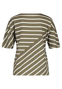 Gerry Weber - MIT RINGELMIX - Long sleeved top - grün/ecru/weiss ringel - 5