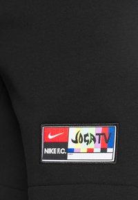 Nike Performance - SHORT  - Korte sportsbukser - black/saturn gold - 5