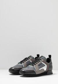 Cruyff - LUSSO - Sneakers - dark grey - 2