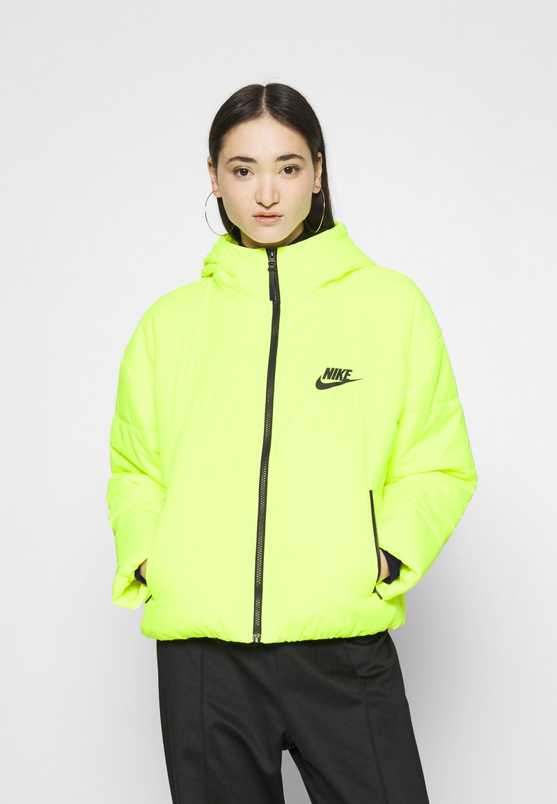 Nike Sportswear - CORE  - Light jacket - volt/black