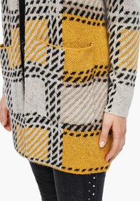 s.Oliver - Cardigan - yellow check - 5