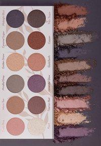 Luvia Cosmetics - DAILY ELEGANCE - Eyeshadow palette - - - 3