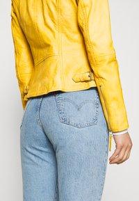Freaky Nation - BIKER PRINCESS - Leather jacket - halo yellow - 3