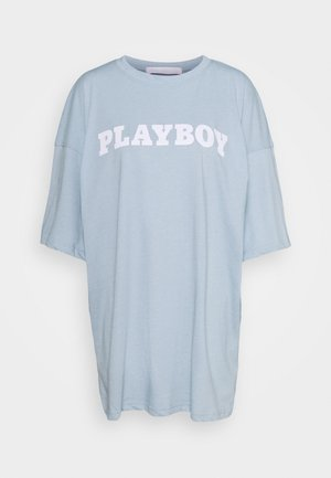 PLAYBOY BUNNY GRAPHIC OVERSIZED - T-shirts med print - dusky blue