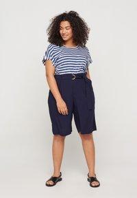 Zizzi - Shorts - blue - 1