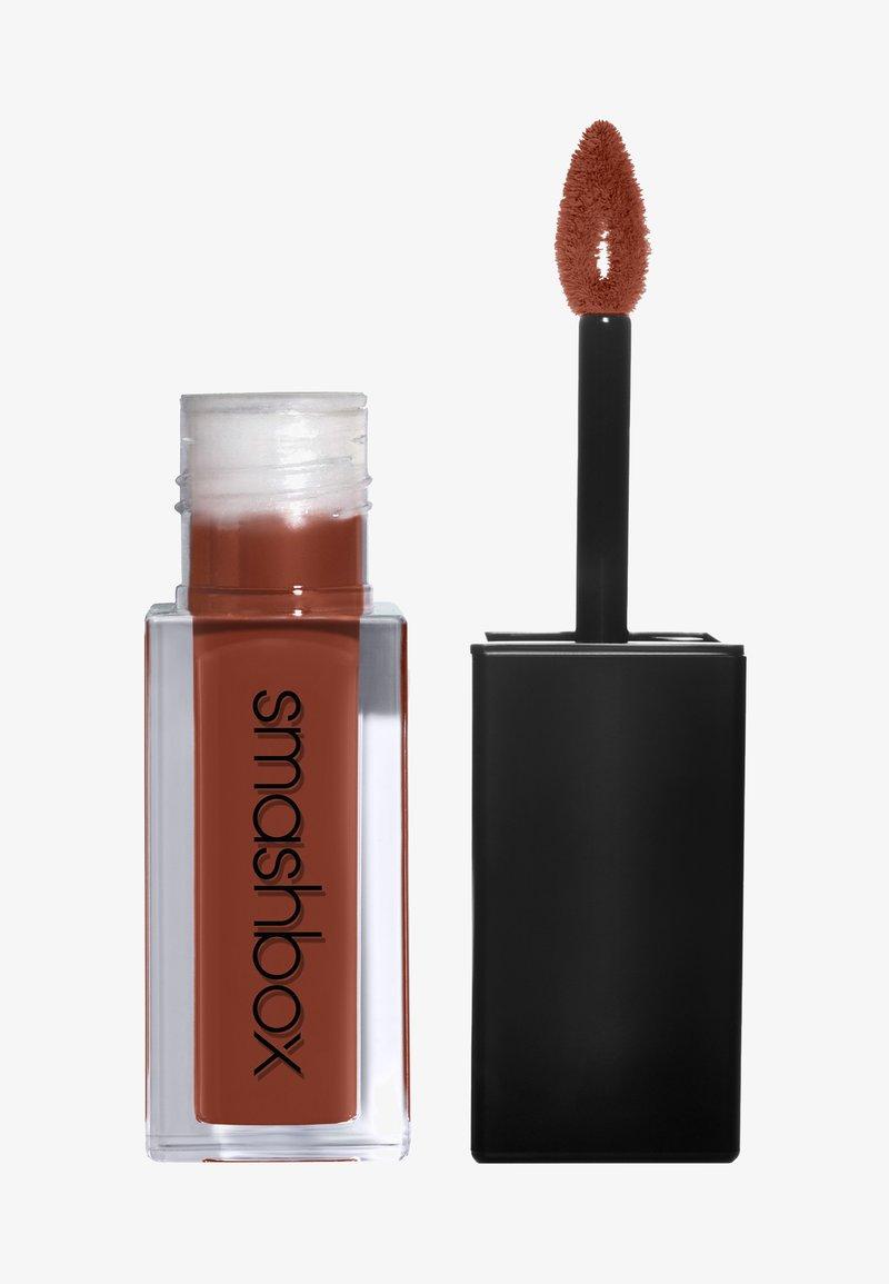 Smashbox - ALWAYS ON LIQUID LIPSTICK - Liquid lipstick - yes honey