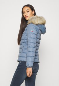 Tommy Jeans - BASIC - Untuvatakki - faded ink - 2