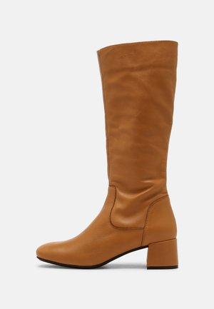 LEAH - Boots - light beige