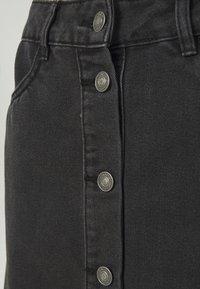 ONLY Tall - ONLFARRAH REG SKIRT 2 PACK - A-line skjørt - light blue denim/black denim - 4