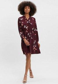 Vero Moda - COURTES - Day dress - bordeaux - 1