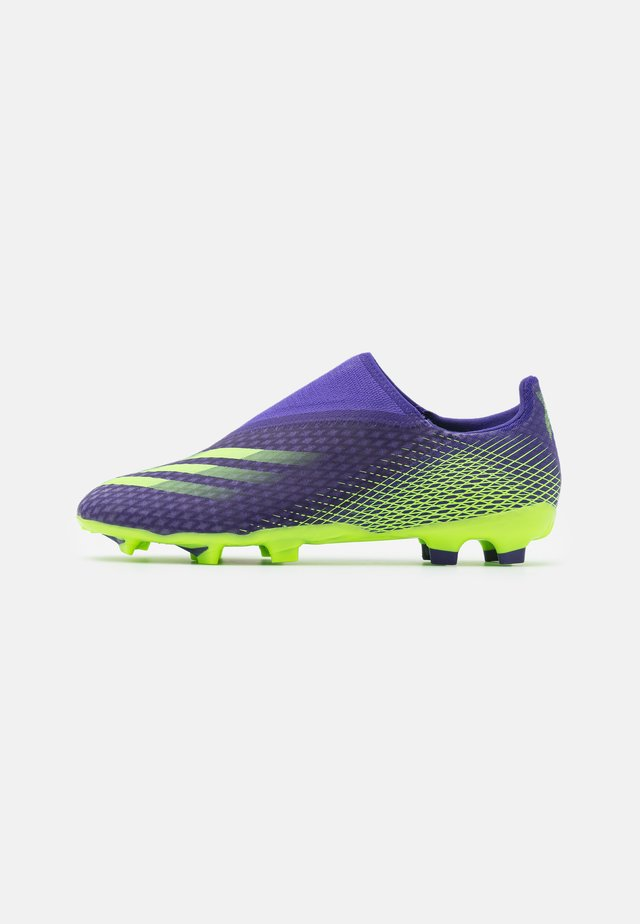 X GHOSTED.3 FOOTBALL BOOTS FIRM GROUND - Botas de fútbol con tacos - energy ink/signal green