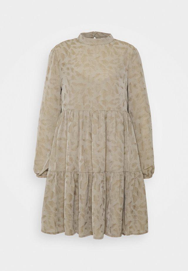 OBJTIRIL PETIT - Korte jurk - fossil