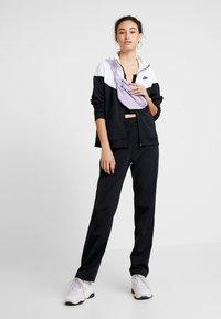 Nike Sportswear - TRACK SUIT SET - Hettejakke - black/white - 1