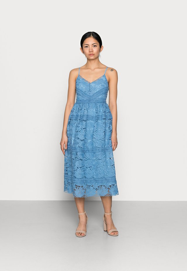 YASFRIO STRAP MIDI DRESS - Vestito elegante - blue heaven