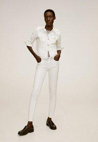 Mango - VICKY - Denim jacket - blanco - 0