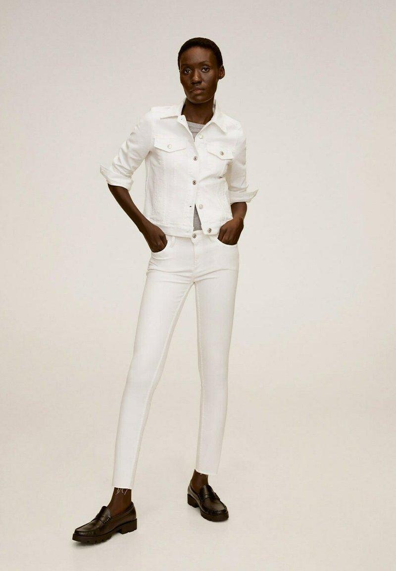 Mango - VICKY - Denim jacket - blanco