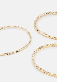 Pieces - PCFIFFA CUFF BRACELET 3PACK - Bracelet - gold-coloured - 2
