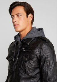 INDICODE JEANS - ULLE - Faux leather jacket - black - 4