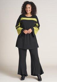 Studio - Long sleeved top - black lime - 1
