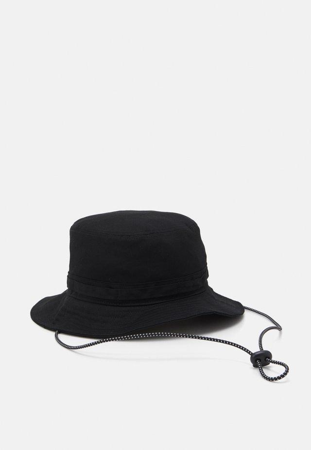 SAFARI BUCKET - Hatt - black