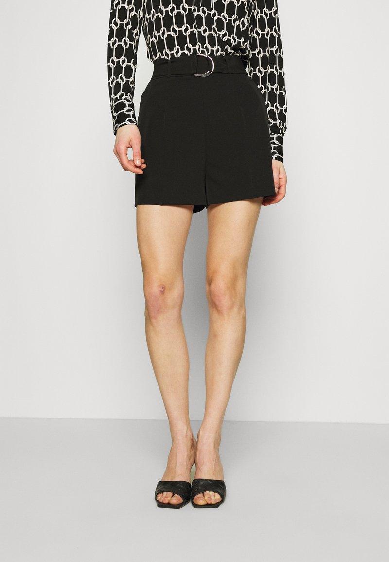 Guess - NEW SUZY - Shorts - jet black