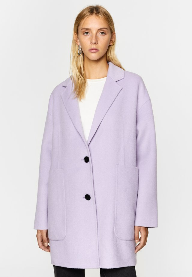 DOUBLE-SIDED  - Short coat - lilac