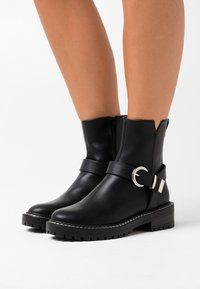 Even&Odd - Cowboy/biker ankle boot - black - 0