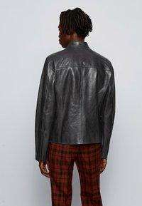 BOSS - NADILO - Veste en cuir - black - 2