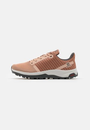 OUTBOUND PRISM - Hiking shoes - sirocco/mocha mousse/alloy
