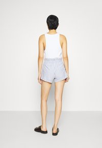 Abercrombie & Fitch - Shorts - blue/white - 2