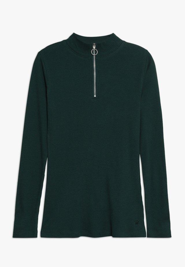 ISMA LONGSLEEVE - Pitkähihainen paita - green