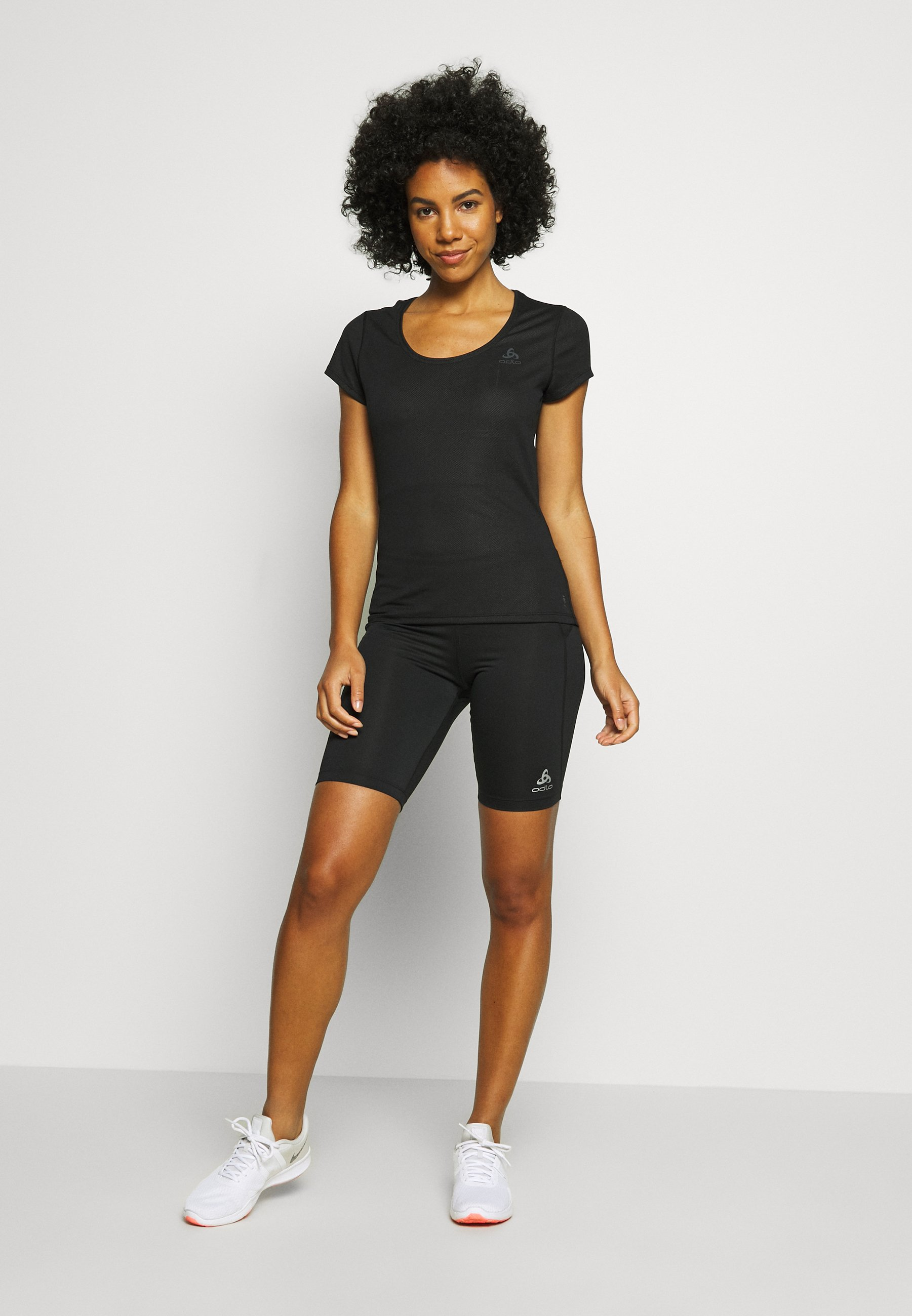 Women CREW NECK ACTIVE F-DRY LIGHT - Basic T-shirt