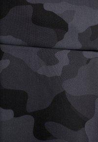 Onzie - HIGH RISE BIKE SHORT - Tights - black/gray - 4