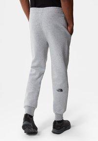 The North Face - Pantalones deportivos - tnf light grey heather - 2
