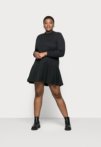 Vero Moda Curve - VMBISTAD - Denní šaty - black - 0