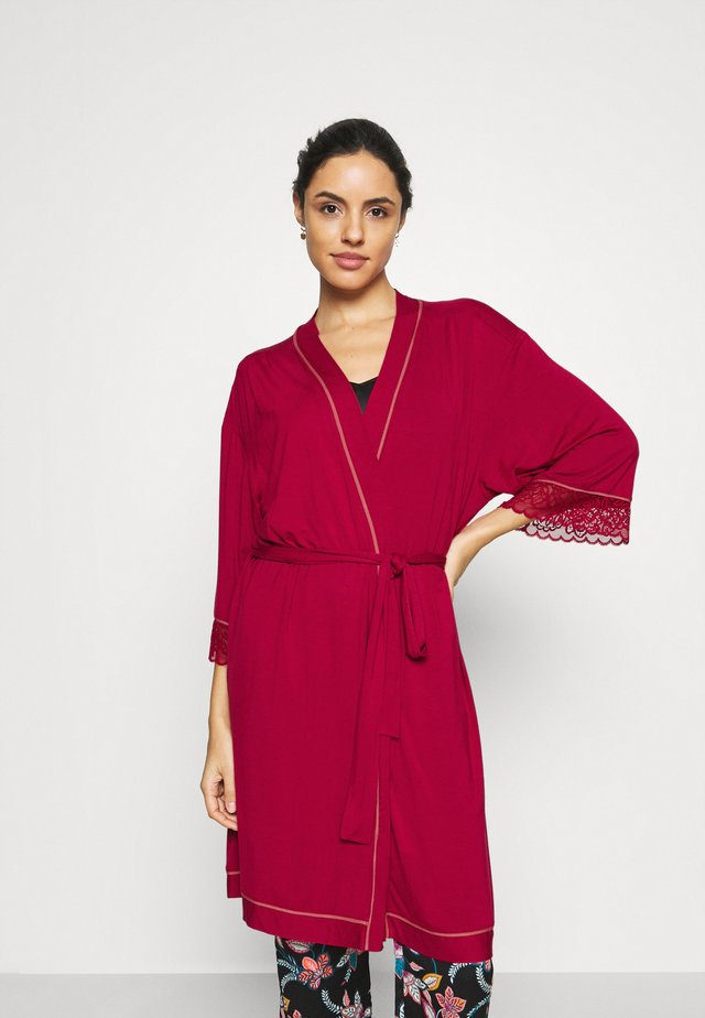 AMOURETTE SPOTLIGHT ROBE - Peignoir - rosso masai