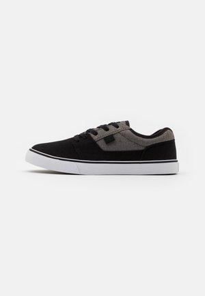 TONIK TX SE - Zapatillas skate - black/charcoal