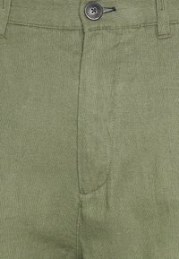 Springfield - PANT BASICO - Trousers - green - 5