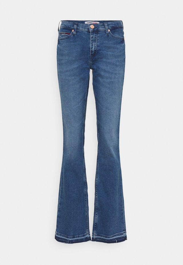 MADDIE BOOTCUT - Jeans bootcut - maiden