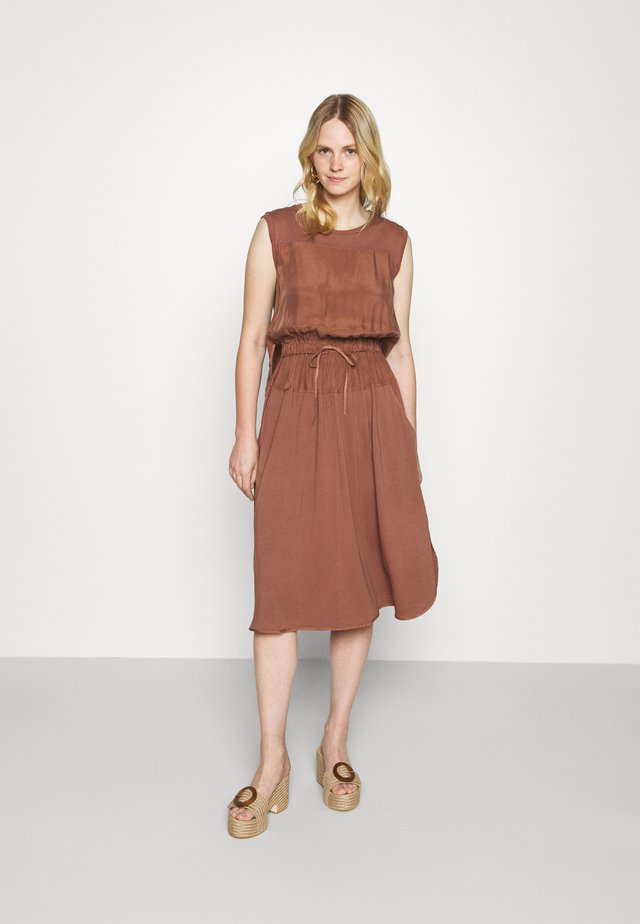 CLARISSA - Denní šaty - old rosa
